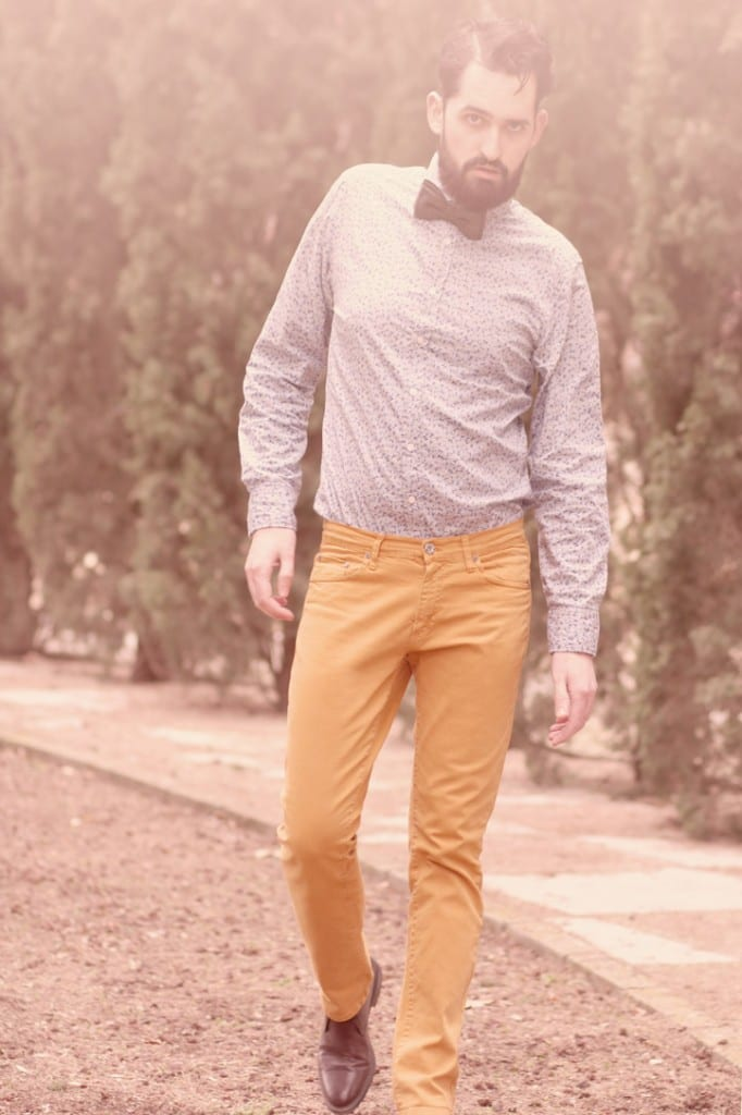 pantalon-mostaza-chico2