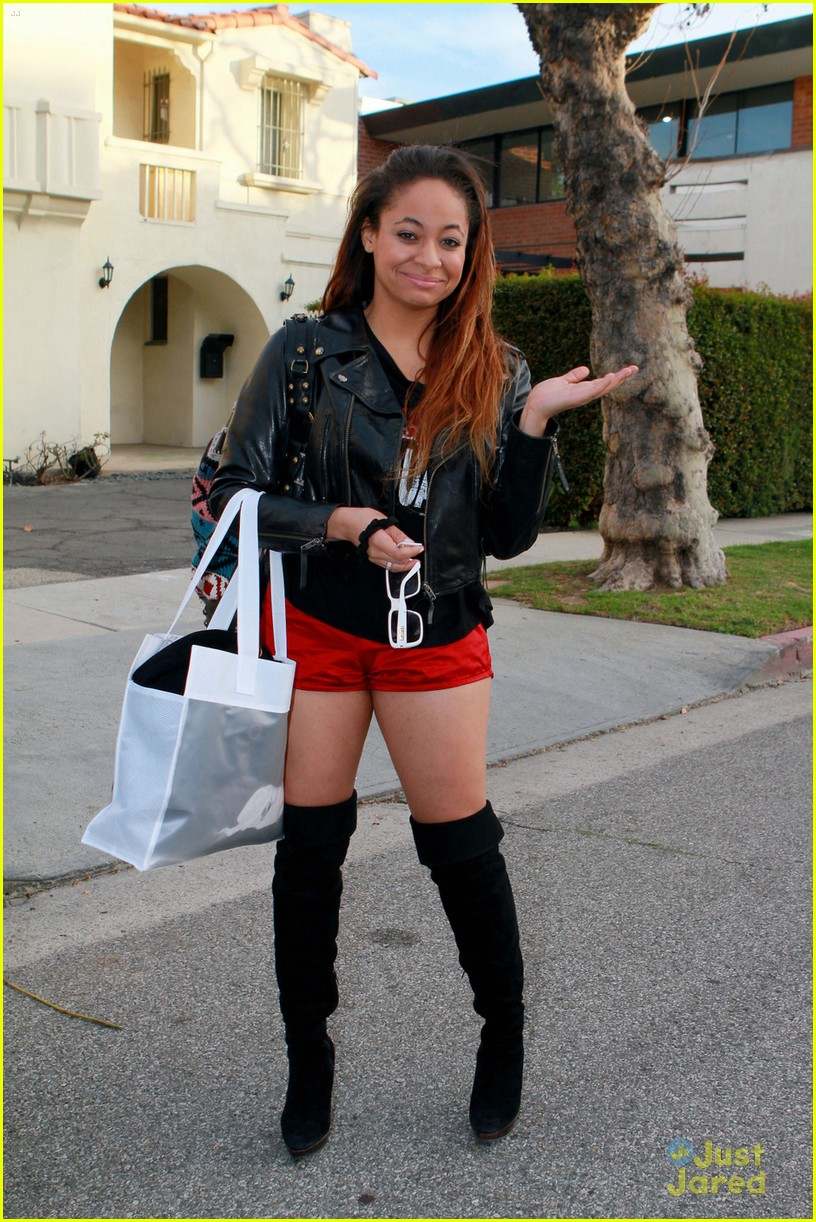 Raven Symone shows off her recent weight loss in a pair of short shorts and flashes a smile as she goes shopping in Los Angeles