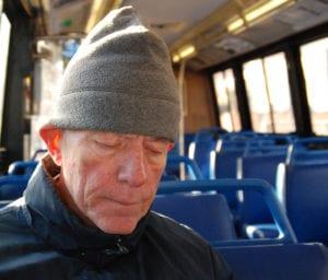 ex atleta in autobus