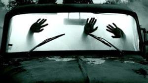 mani in auto