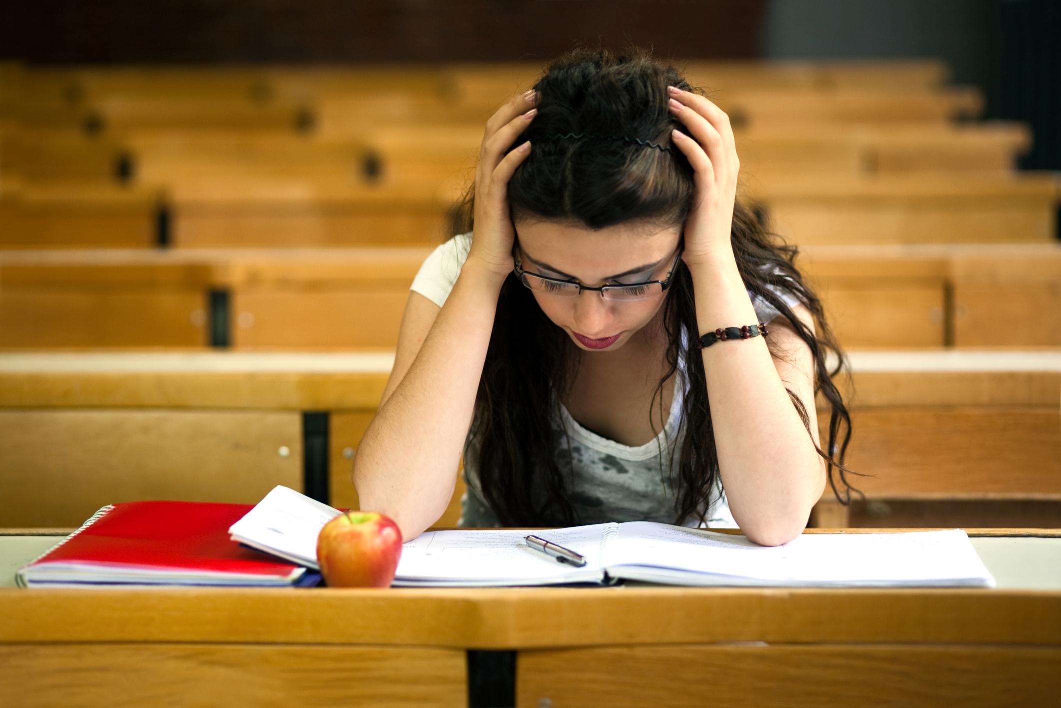 Differenze tra gli esami universitari e la maturit for Scienze della comunicazione esami da sostenere