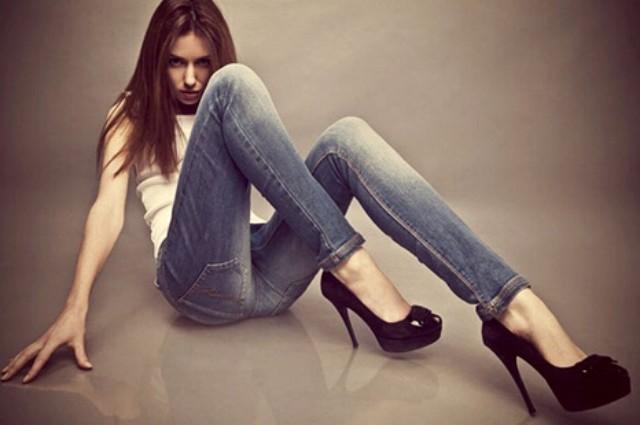 2e7e457bf5e8 Come capire la personalità di una ragazza dalle sue scarpe ...