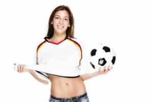 donna tifosa di calcio