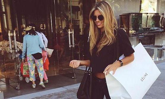 ragazza-shopping
