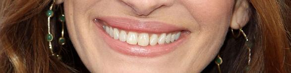 Labbra femminili larghe