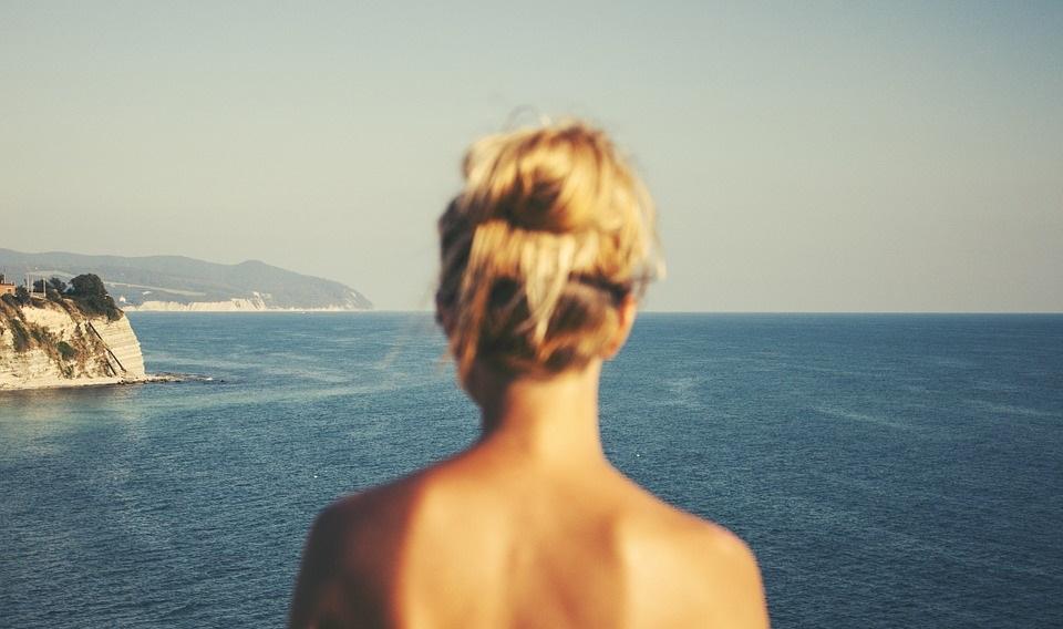 donne foto vacanze mare sole