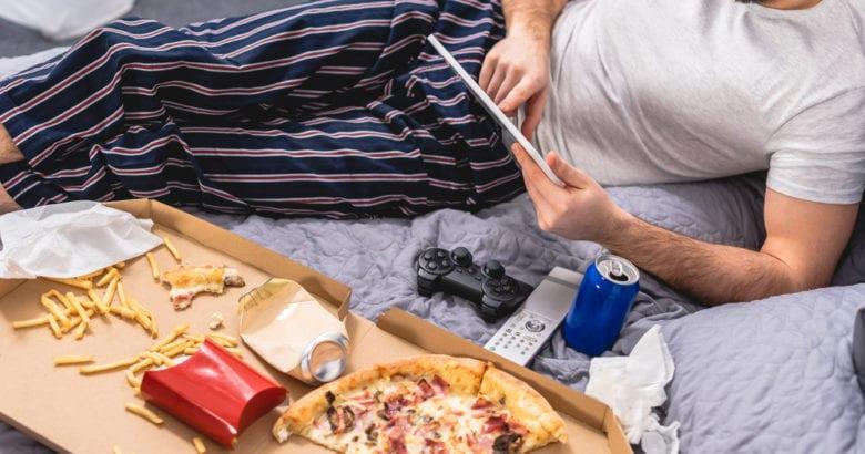 mangiare a letto