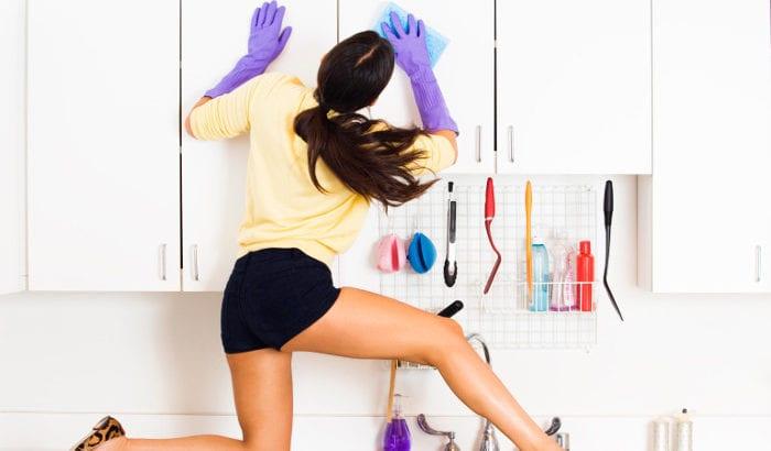 maniaca della pulizia